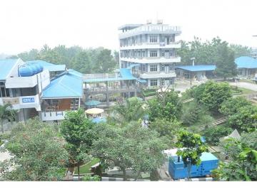 Gedung STIKes Mitra Husada Medan