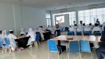 Praktikum Mahasiswa di Lab Anatomi USU