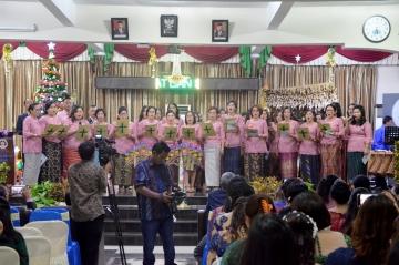 Acara Perayaan Natal STIKes Mitra Husada Medan Jumat, 20 Desember 2019