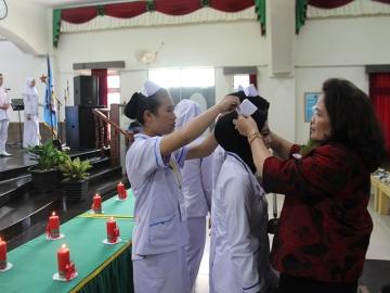 Upacara Capping Day dan Pinning Day Prodi Kebidanan Program Sarjana, Program Diploma III & Prodi Keperawatan Program Diploma III