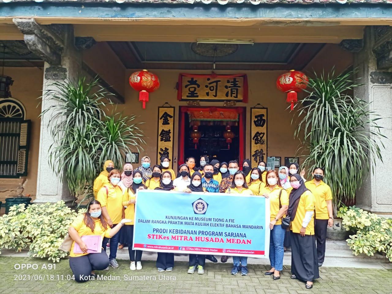 Implementasi Praktik Bahasa Mandarin Ke Museum Tjong A Fie Mansion