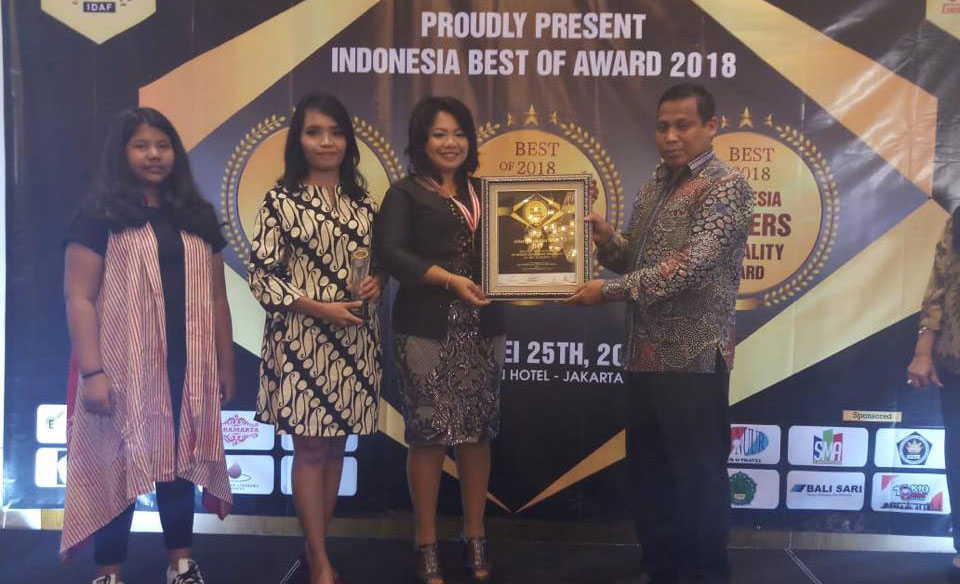 Penghargaan Indonesia School Of Quality Award