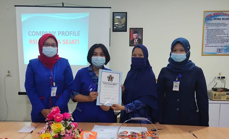 STIKes Mitra Husada Medan is the campus selected from several other health universities for internships at the Mitra Sejati Hospital in Medan