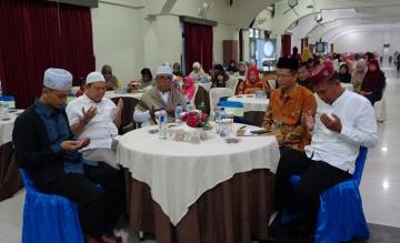 Acara Buka Puasa Bersama Keluarga Besar STIKes Mitra Husada Medan