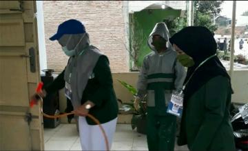 Testimoni Untuk Mahasiswa Relawan Terbaik STIKes Mitra Husada Medan oleh Pemerintahan Desa Silumboyah Kabupaten Dairi