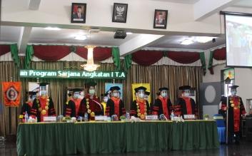 Selamat dan Sukses, Acara Wisuda Prodi Kebidanan Program Sarjana Sabtu, 10 April 2021